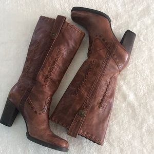 Gianni Bini tall western brown leather boots 8.5